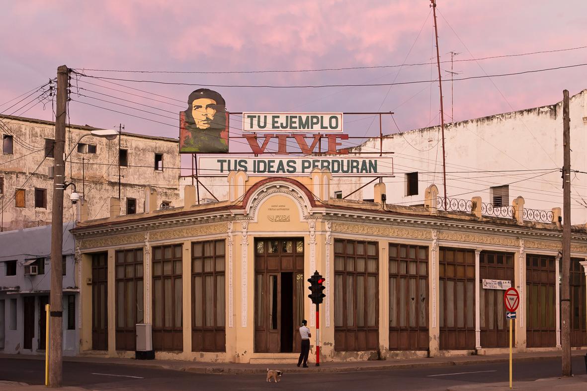 Kuba110120024
