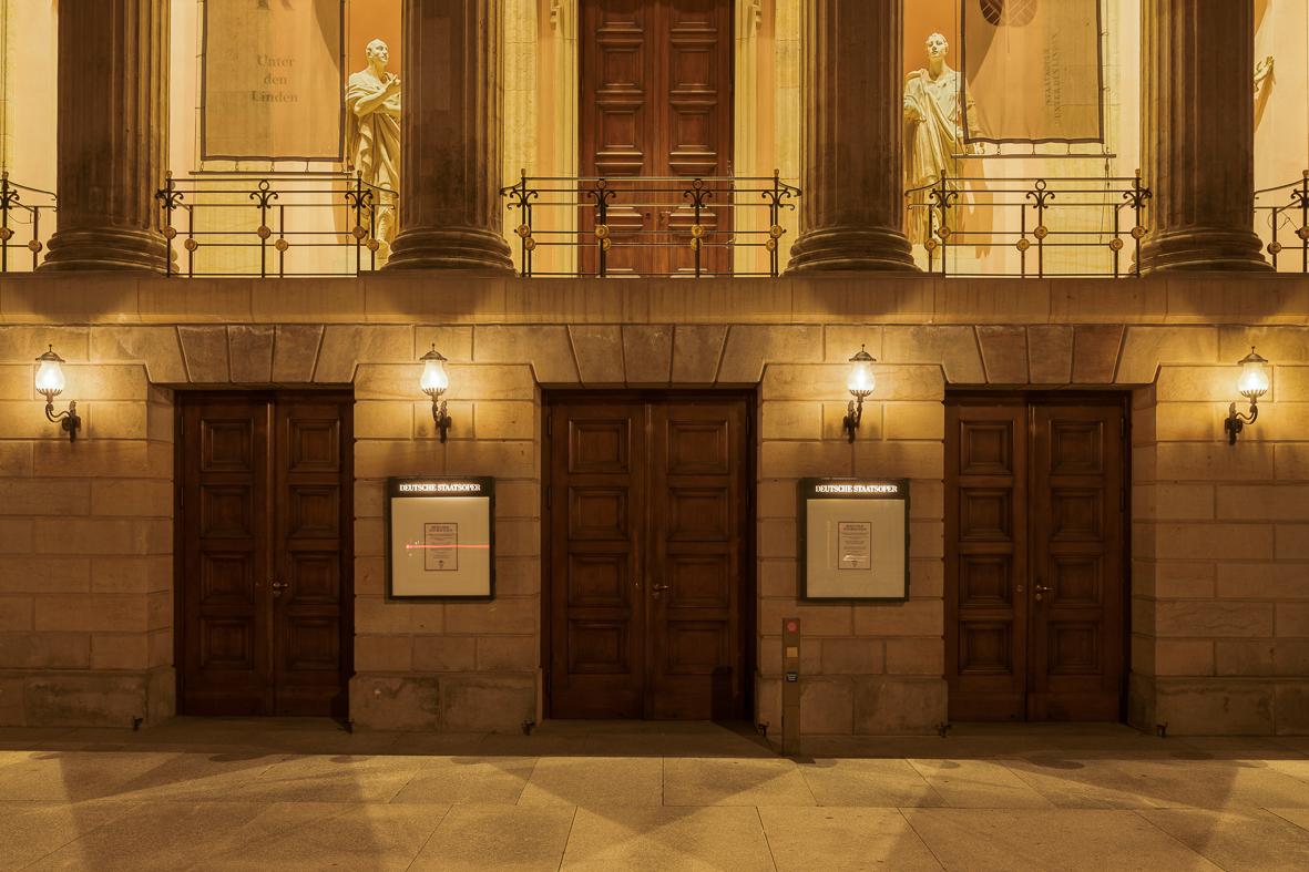 Staatsoper Eingang